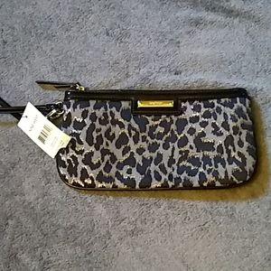 Nine West leopard wristlet